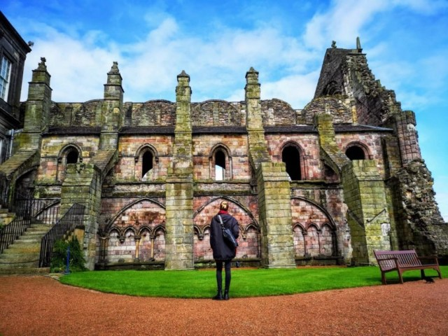 In awe of the beautiful Holyrood Abbey - Edinburgh In 24 Hours - An Awesome Intinerary! - Destination Addict