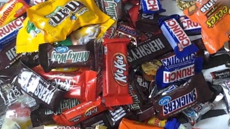 extra-halloween--candy