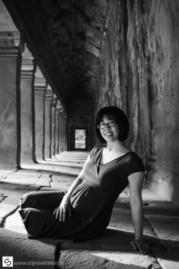 Pregnant womain at Ta Phrom temple