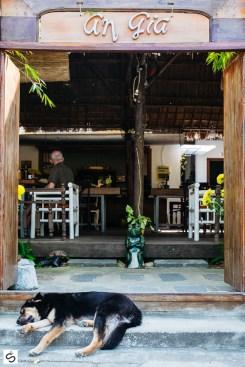 Entrance of An Gia restaurant