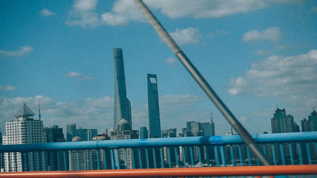 Importação por encomenda em inglês Stands de fornecedores em feira na China