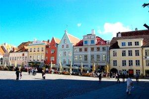 Tallinn, um dos destinos que vai estar presente na RTP2