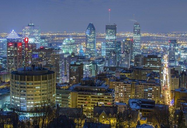 Monreal à noite vista do Parque Mont Royal