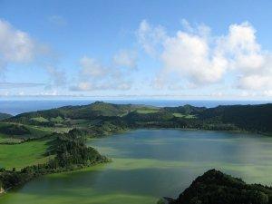 Viagens nos arquipélagos da Madeira e Açores