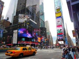 Voos em promoção para Nova Iorque na agência Abreu