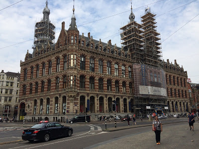 AMSTERDAM – Magna Plaza – Um certo Shopping Center holandês