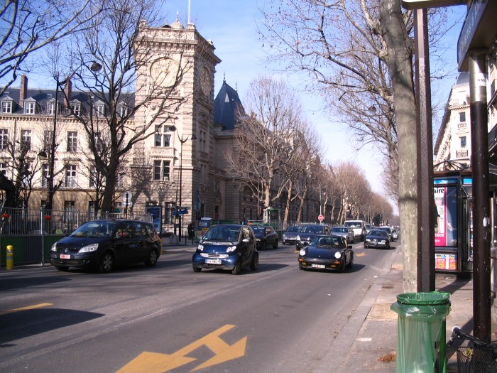 Avenida-Paris