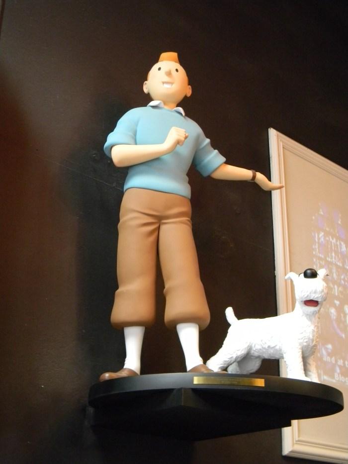 Achei Tintin e seu fiel cachorro Milu também em Bruges