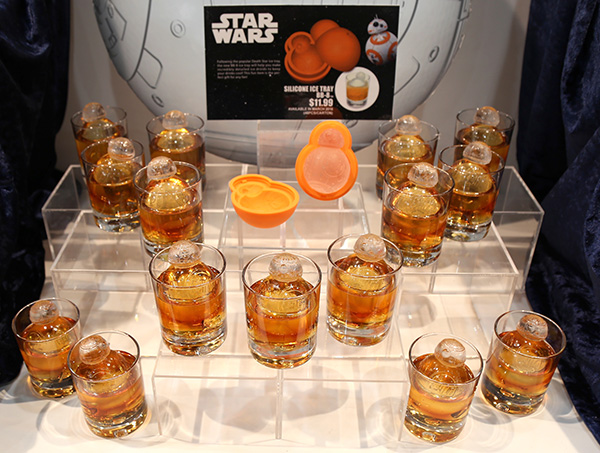 BB-8 silicon tray from Kotobukiya