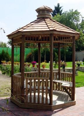 romantique et pratique la gloriette en bois pour le jardin vente d 39 abris jardin en bois. Black Bedroom Furniture Sets. Home Design Ideas