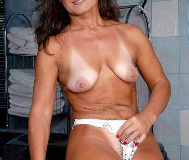 Free Single Over  Mature Free Pics Mature Adult Nude