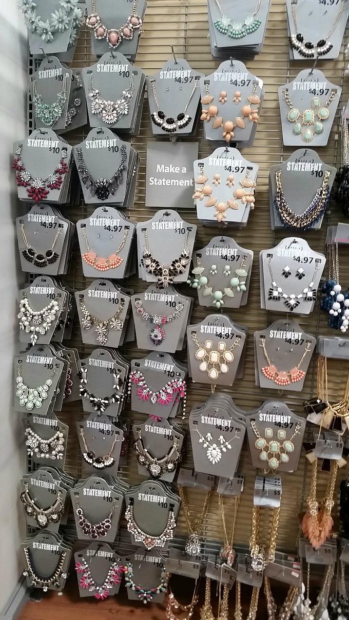Easy Holiday Gift Idea for Mom: Walmart Statement Jewelrey ...