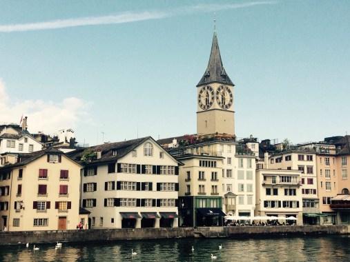Sehenswürdigkeiten_in_Zürich_Limmatquai