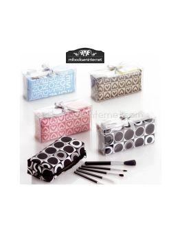 Estuche Maquillaje con brochas, caja y lazo