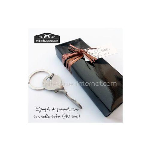 LLavero Llave abrebotellas con caja negra de regalo