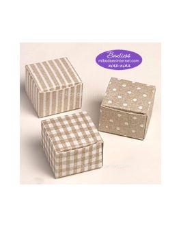 Pack 24 Cajas Cubo Marrón estampada