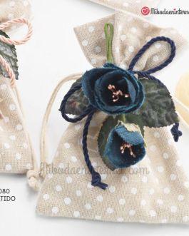 Bolsita Beige topos 1 jabon y pinza flor