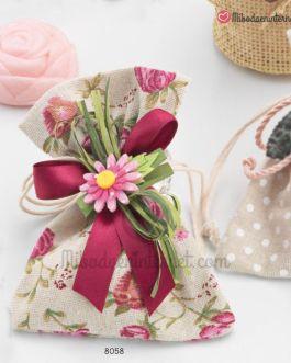 Bolsita Rustica Estampada Flores con 1 jabón Flor y pinza