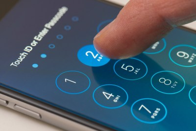 How to change the default six-digit iPhone password (tutorial)