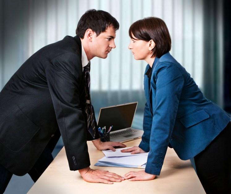 Discutir en el trabajo