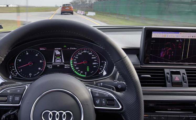 tecnología a tu automóvil, control de crucero