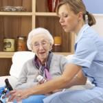9 consejos para cuidar ancianos en casa
