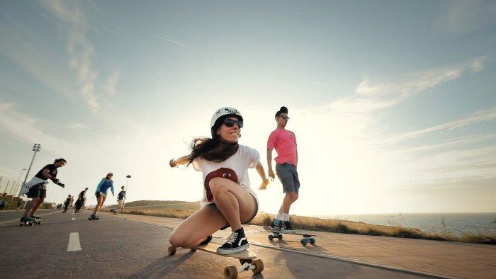 longboard-girls-crew-endless-roa