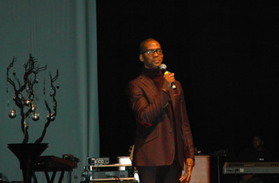 Donald Lawrence takes the stage