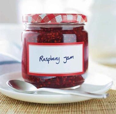 How to Make Cooked Raspberry Jam