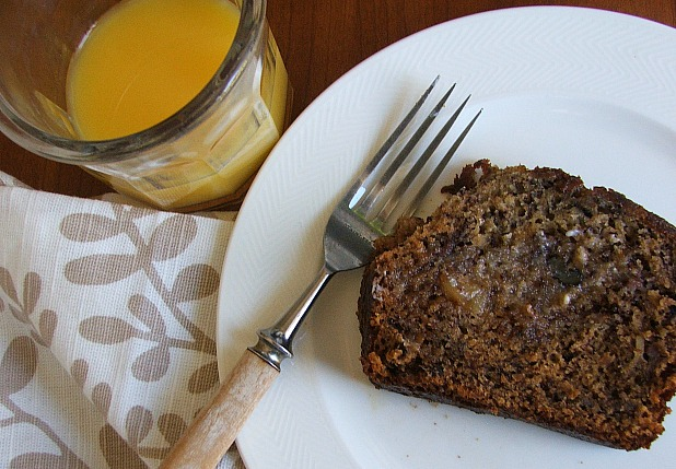 Easy_Banana_Bread_Breakfast