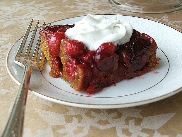 Pumpkin and Cranberry Upside Down Cake with #SplendaHoliday