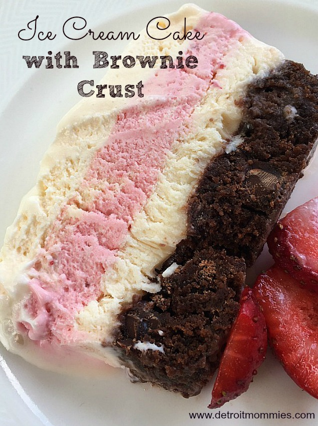 Ice Cream Cake with Nestle Toll House Baking Mix #mixinmoments #ad