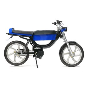 Moto Rae electric moped