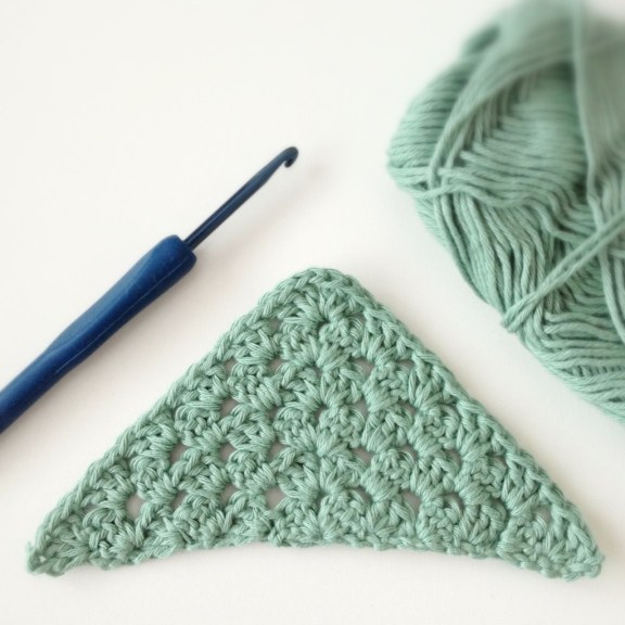 Free Crochet Pattern Motif Modification