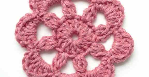 How to Crochet this Beautiful Motif of Flower