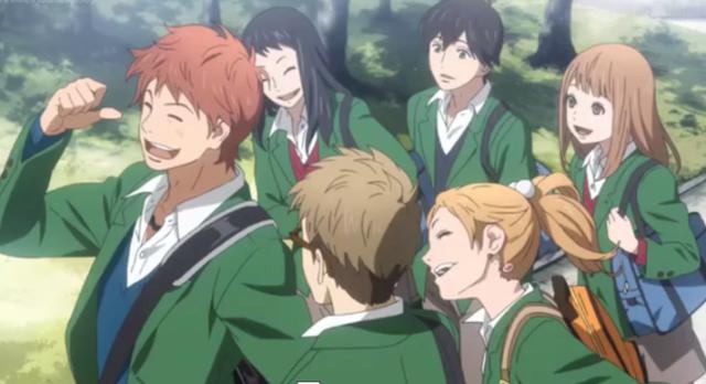 Orange Anime Menceritakan tentang kehidupan enam murid SMA, yaitu Takamiya Naho, Naruse Kakeru, Matsumoto Suwa, Takako, Azu, dan Hagita
