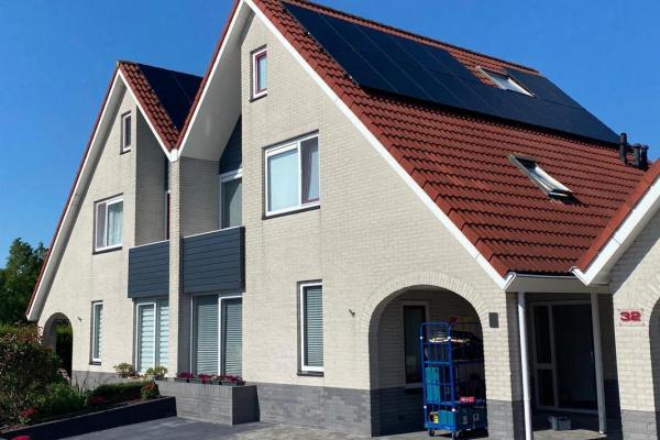 Zonnepanelen-installatie-augustus-2020-buren-korting-in-Leeuwarden-Friesland