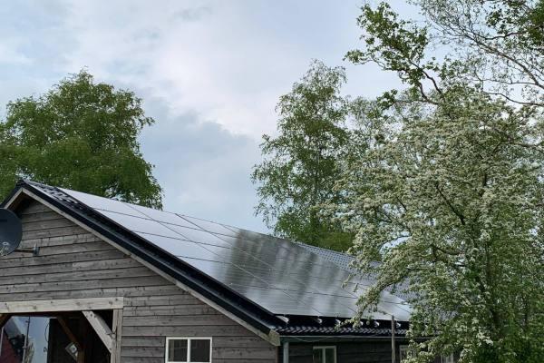 zonnepanelen_installatie_mei_2019_Reyneveld