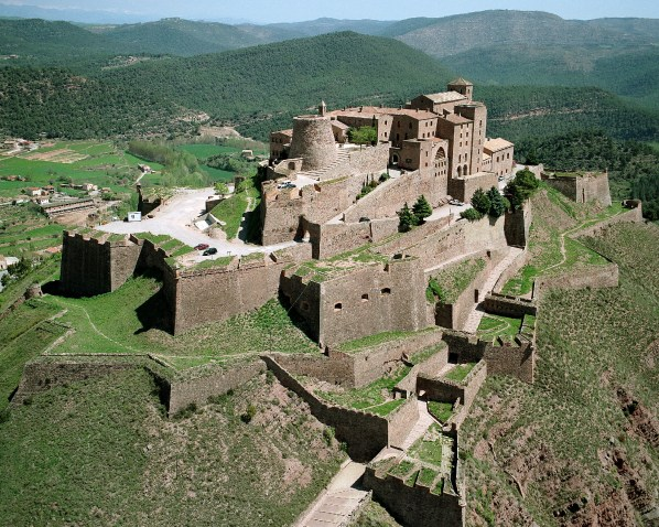 Parador-de-Cardona-air-view