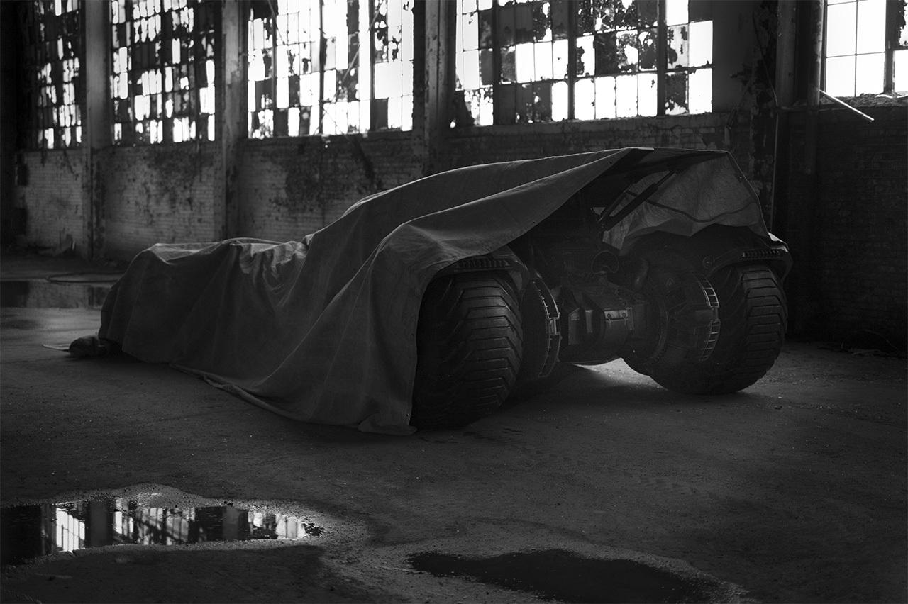 Batmóvel de Batman Vs Superman exposto em feira de Nova York