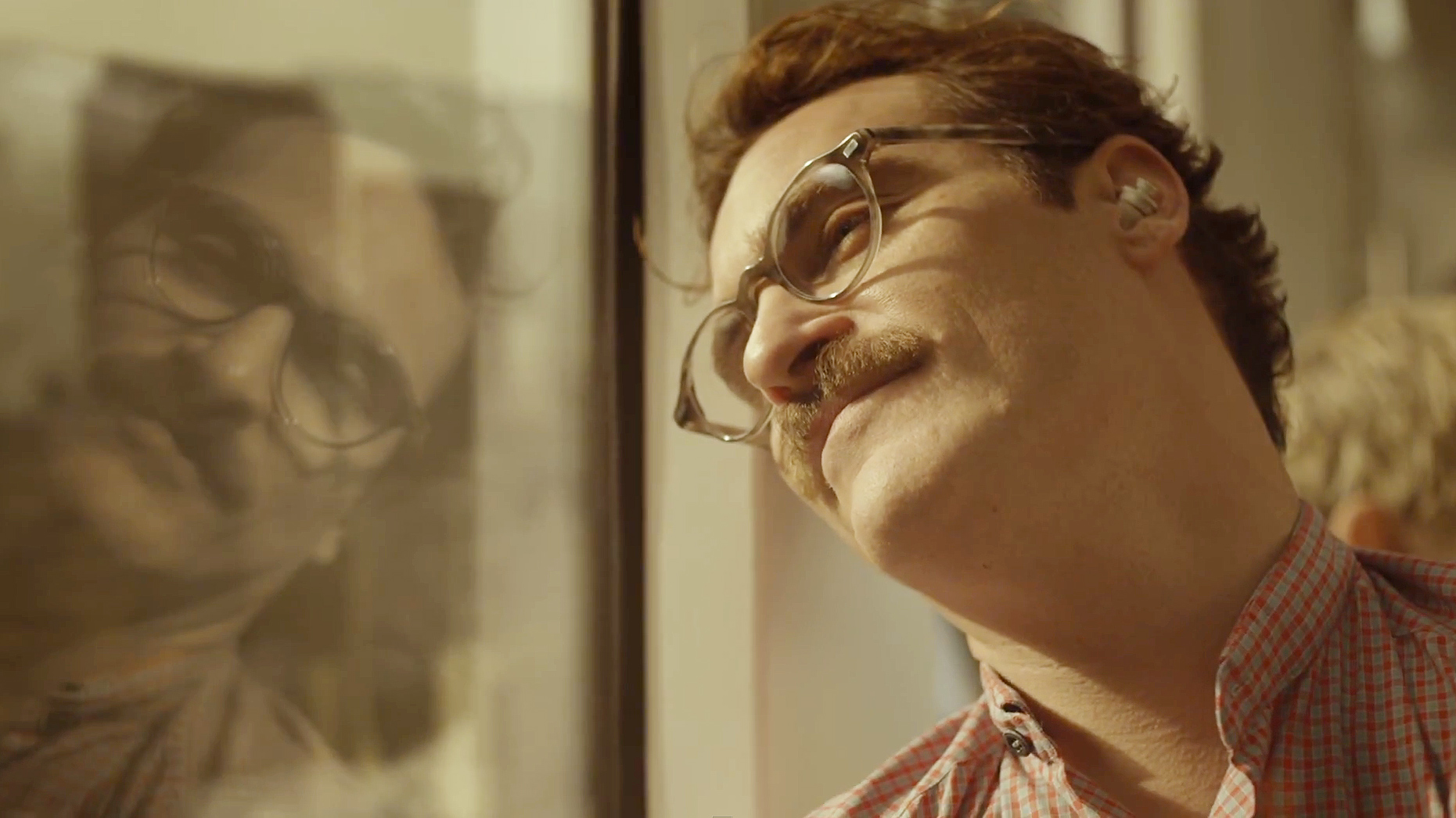 """Sony traz o filme """"Her"""" mais próximo da realidade com o novo Xperia Ear"""