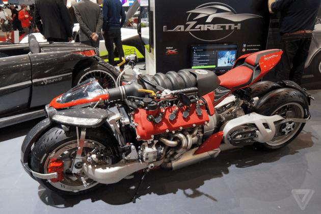Uma moto com motor V8 – por que não?
