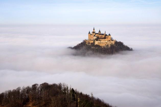 """Castelos Medievais – O """"Castelo acima das Nuvens"""" dos Hohenzollern, Alemanha"""