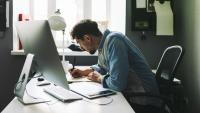 How First-Time Independent Workers Can Avoid Getting Burned