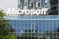 Microsoft not throwing in towel on wearables yet; introduces new smartwatch
