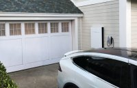 US utility offers clients cheap Tesla batteries for grid backup