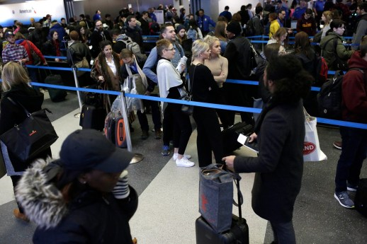 DHS won't expand its laptop ban to all US-bound flights just yet | DeviceDaily.com
