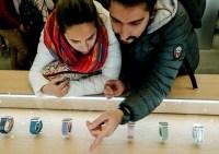 Wearables Market Grows 8%, Apple Takes Lead