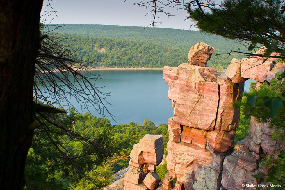 Devils Lake In Off Season In Black And >> The One Trail You Have To See At Devil S Lake Devil S Lake State