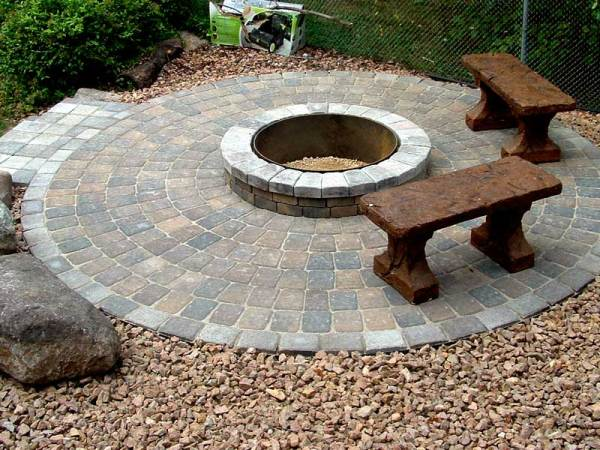 paver patio with fire pit design ideas Stone fire pit ideas Rosemount, MN | Devine Design Hardscapes